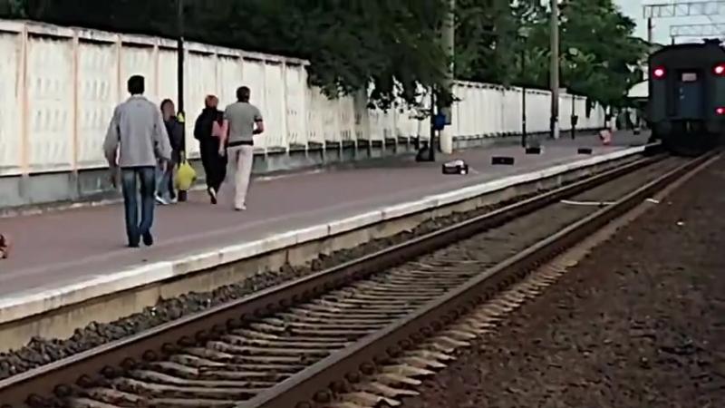 Посадка на поезд с кучей ящиков окончилась провалом