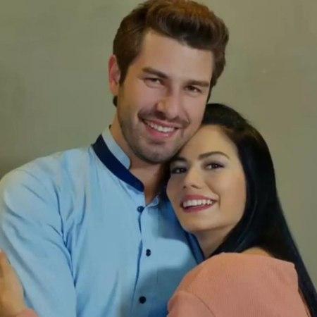 """NO309 DemFur Aktif Sayfa on Instagram: """"Lale ve Onur'dan Terapiste boşanma pozları...😎😍💏 💑 Geçen yılda bugün 17.05.2017 Tbt si . 😉😉🤗🤗💑 💏 💑 💏 @1dem..."""