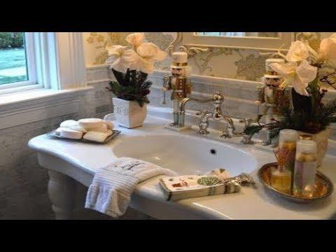 Fun Christmas Bathroom Décor Ideas