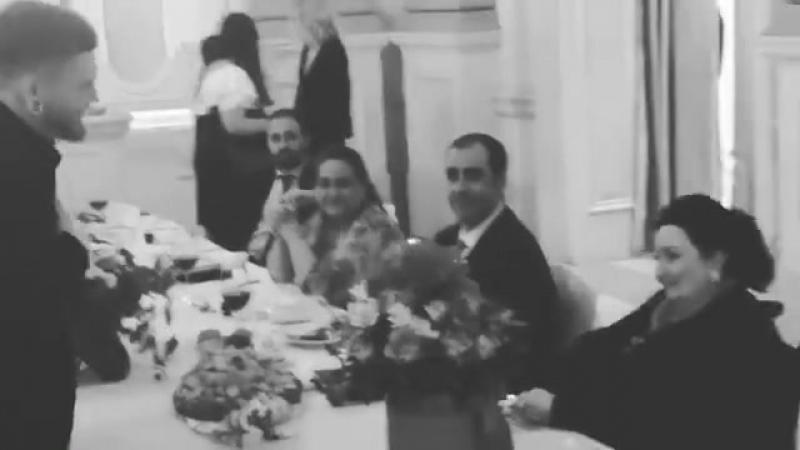 А.Кривошапко поздравляет М.Кабалье с Днем рождения (г.Киев.апрель 2018г)