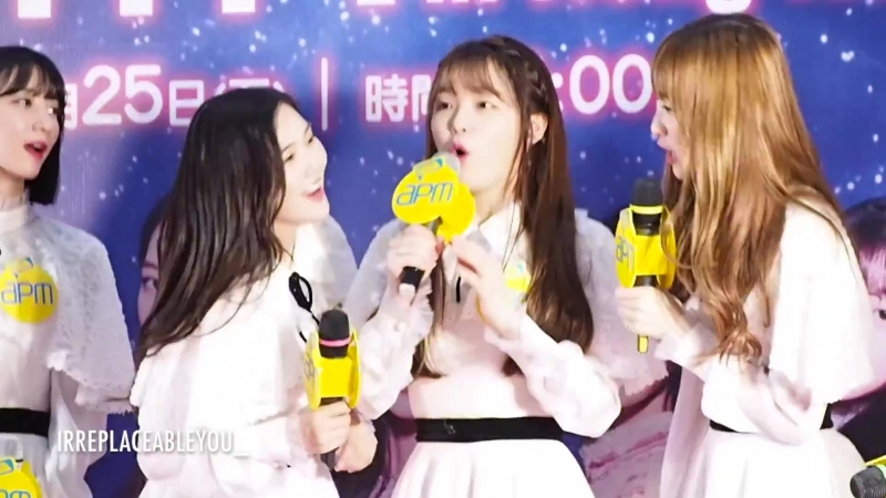 · Fancam · 180525 · OH MY GIRL Hyojung Seunghee Arin Speak in Cantonese · 1st Fanmeeting in Hong Kong Press conference ·