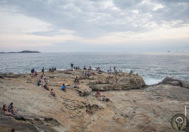 Медленный туризм: европейская идея осознанного отпуска без спешки Отпуск никогда не будет прежним: вместо того, чтобы побыстрее прочесать 10 главных достопримечательностей, всё больше