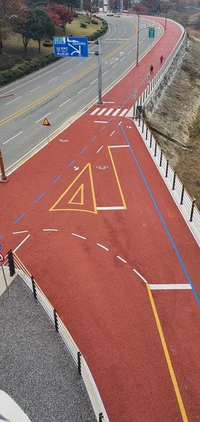 Разметка тротуара в Южной Корее    Автор: Primorec...