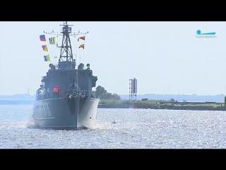 Показательные выступления моряков Балтфлота прошли в Кронштадте