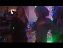 Парные танцы на дискотеке