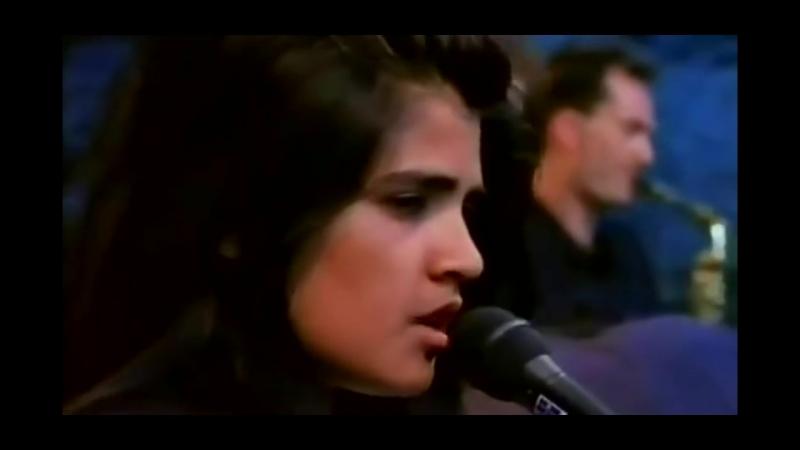 Tanita Tikaram - Twist In My Sobriety [[ Official Live Video ]] HD