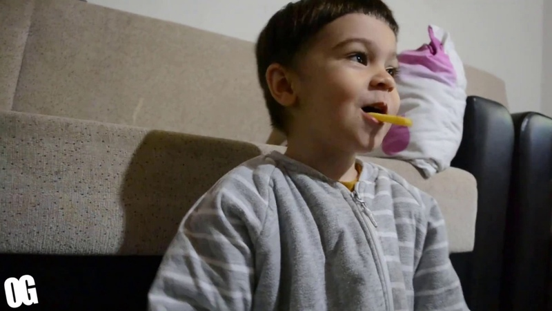 Happy Meal Mc Donalds ömer unboxing ! Toys And Fun kids videos