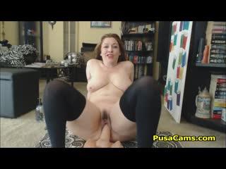 Parisian big tits mom exercising her big ass - big ass butts booty tits boobs bbw pawg curvy mature milf