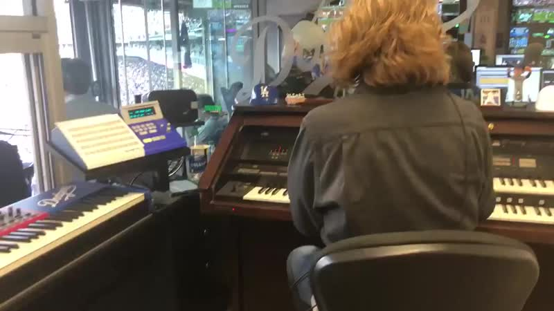 """If you're watching the Dodgers in the World Series, you just heard the Dodger organist play """"Idol"""" again for the second time"""