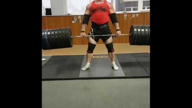 Кшиштоф Радзиковски - тяга 400 кг