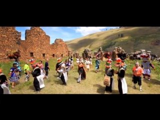 Kjarkas - Vivo Por Ti (Official Video)