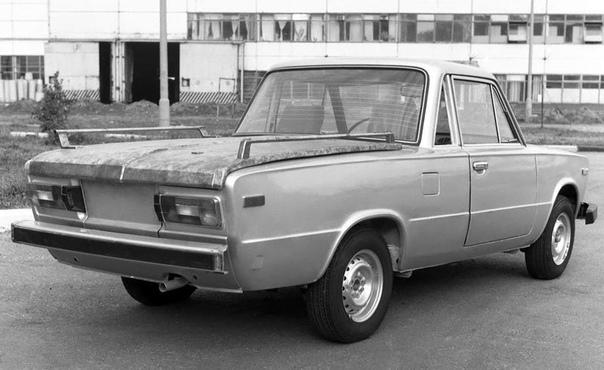 Серия фото экспeриментального туристического автомобиля ВАЗ-2106.