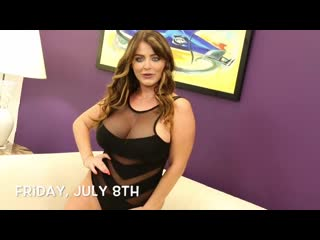Sophie Dee - Show Me Sapphire Featured Entertainer Series