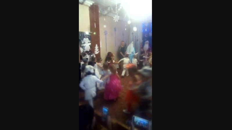 хоровод с танцем