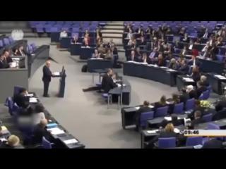 Меркель пукнула в ответ на обвинения Гизи
