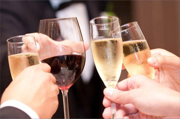 Какой алкоголь выбрать на свадьбу