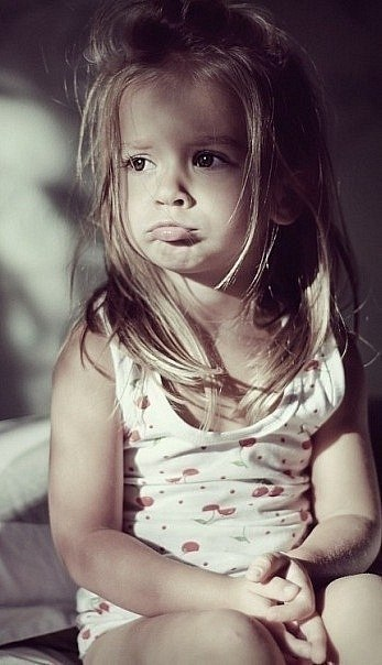 Если девушка сильно обижена, она всё равно скажет: «Всё нормально», но с выражением лица, что всё будет понятно...