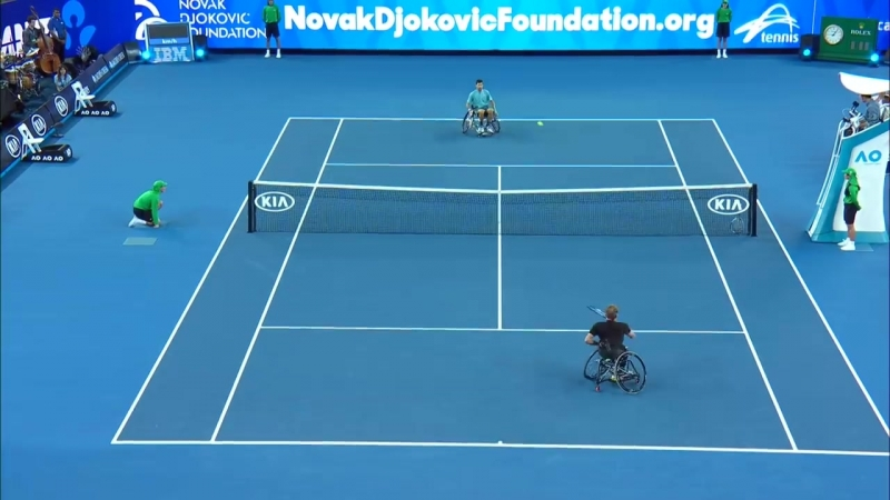 Novak Djokovic plays wheelchair tennis - Australian Open 2017