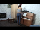 95-Обкончал пианино а жене убирать