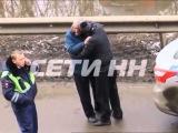 Корриду на дороге устроил пьяный водитель - 8 раз он бросался тараном на автобус