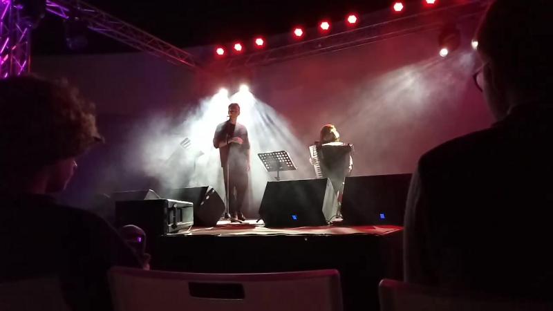 Вадик Королёв (OQJAV) и Женя Попова (Pedro y Juan) -- Серёжки