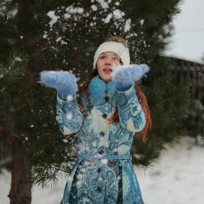 Оля Полянская