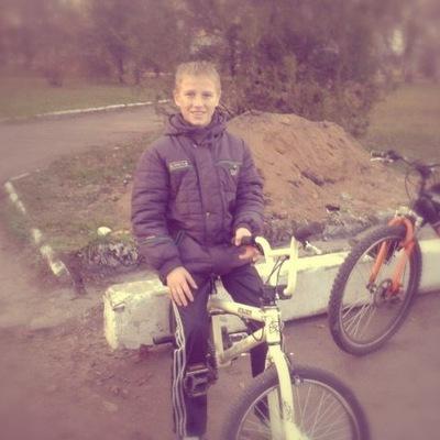 Денис Савенков, 6 августа 1983, Киев, id208028103