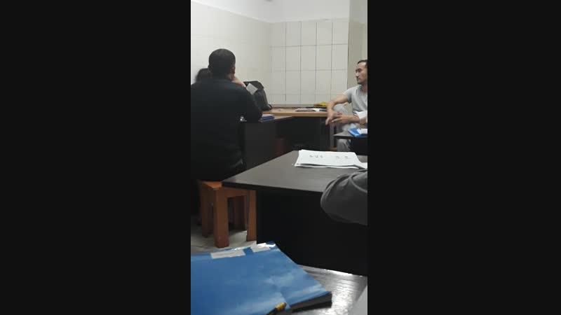 Саид Рахман Қазақ тілін үйреніп жүрген 1 курс студенті білмейтіні жок өзінің😁