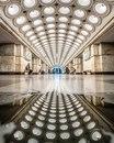 Перед вами станция метро Электрозаводская, на потолке которой мы видим 318 светильников