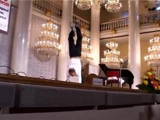 Михаил Задорнов вверх ногами. День Здоровья-2006. Светлая память