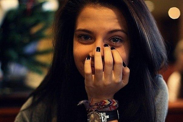 фото красивых девушек на аву брюнеток:
