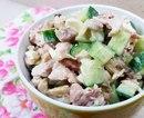 Очень простой и очень вкусный салатик.