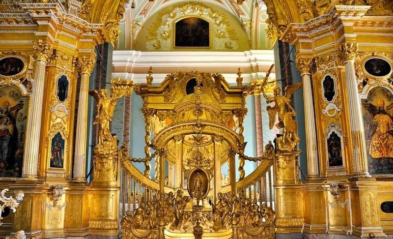 OCrzxyxAwE4 Петропавловский собор в Санкт-Петербурге.