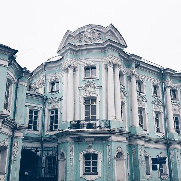 Петербург: авиабилеты в Москву всего за 2000 рублей туда-обратно