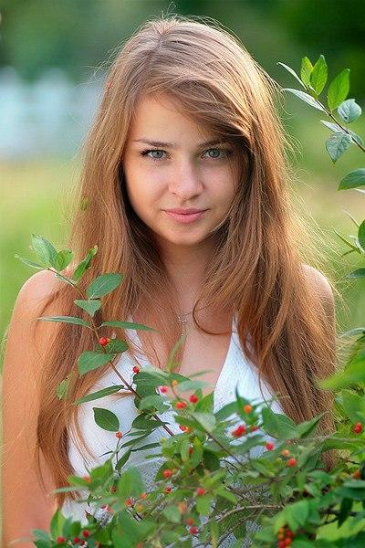 самые красивые девушки на аву: