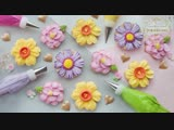 HOW TO PIPE ROYAL ICING TO MAKE 3 BEAUTIFUL FLOWER COOKIES _ Camellia, Daffodil Cosmos Flowers
