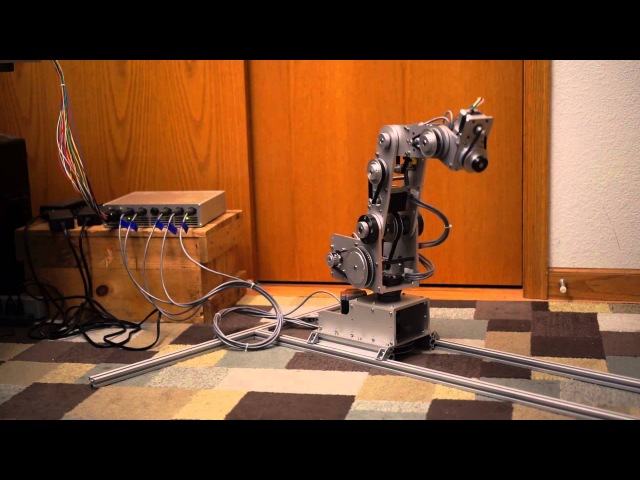 Homebrew Five Axis Robot Arm — First Coordinated Moves