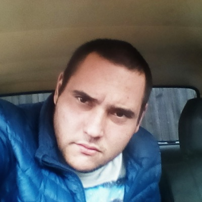 Роман Шелуханов