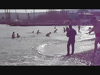 19.1.2019 Крещенские омовения в Феодосии