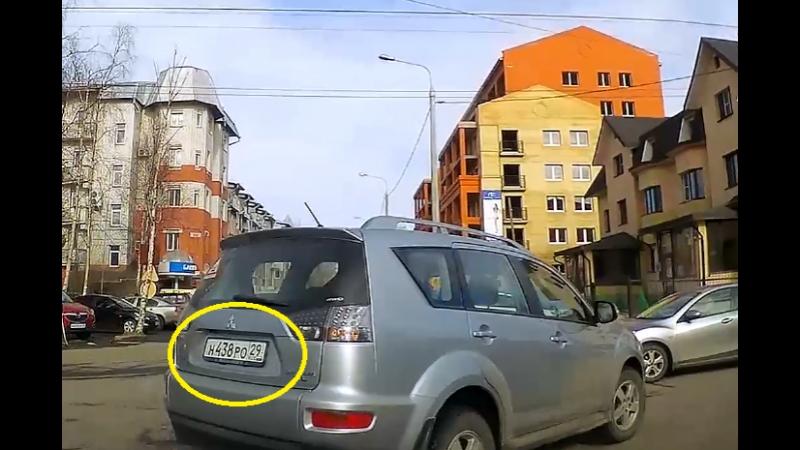 Фронтовые дороги Архангельска вынуждают нарушать п.8.5 ПДД.