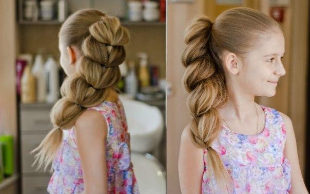 Коса, как у принцессы Жасмин из популярного мультфильма «Аладдин», – прекрасное решение для обладательниц длинных тонких волос.