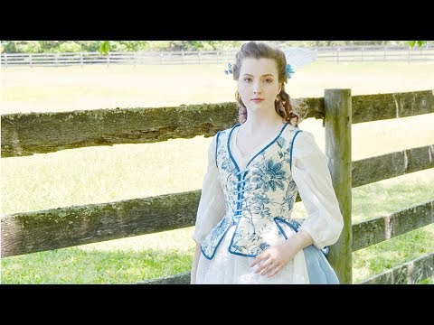 Making an 18th Century Skirt with Side Closures