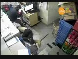 Жестокое видео нападения с ножом. 18+