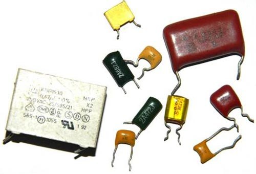 ёмкость высоковольтного конденсатора в телевизоре с 4 10 6 ф