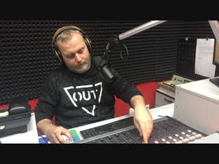 Профессиональный боец смешанного стиля по прозвищу «Удав» Алексей Олейник на Русском радио