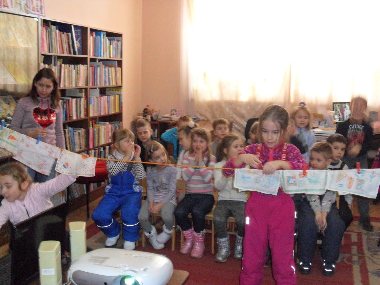 8 марта, донецкая республиканская библиотека для детей, отдел искусств, подарок мамам бабушкам