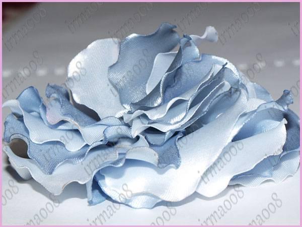 Объемный цветок с сердцевиной