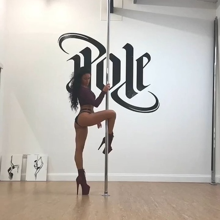 """@sarahscottpole on Instagram: """"A pole dancers skin may look normal from afar but we have some awesome callouses in the most random places... - Hand..."""