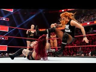 DAW | Шарлотта, Ронда и Бекки против Отряда Райотт