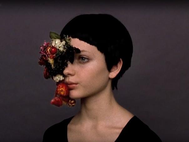вот — я, весь боль и ушиб. вам завещаю я сад фруктовый моей великой души./